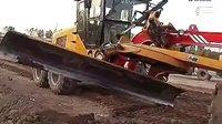 挖掘机视频表演大全:看牛掰的蓝翔技校《挖掘机多功能的用途》