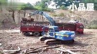 挖掘机视频表演大全:挖掘机液压360度旋转抓木柴